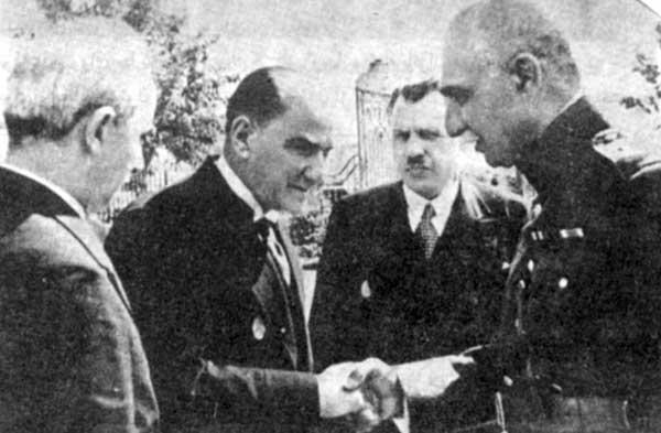رضاخان و آتاتورک